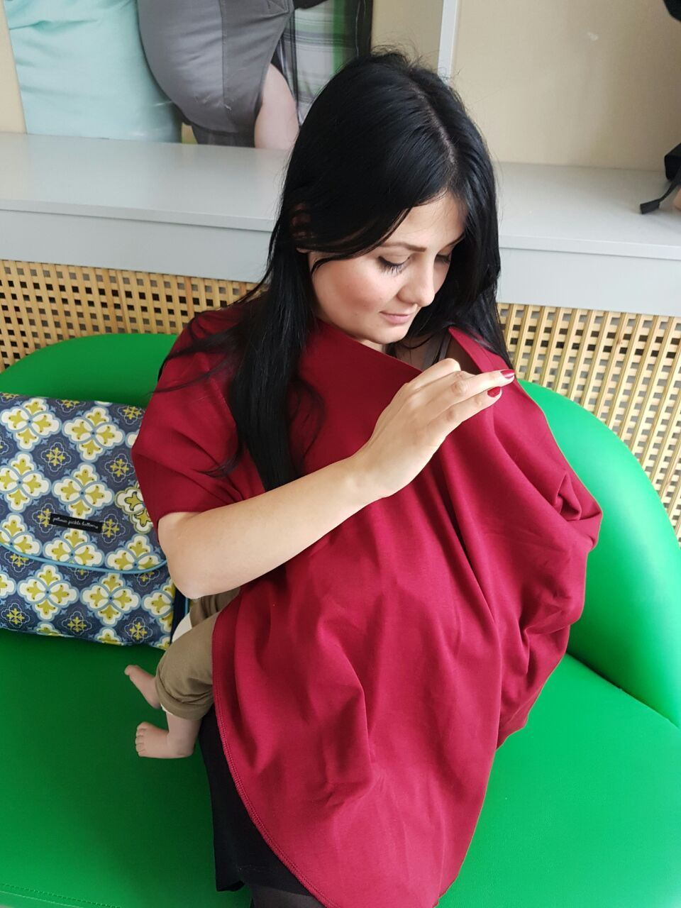 Nursing Poncho - Sangria